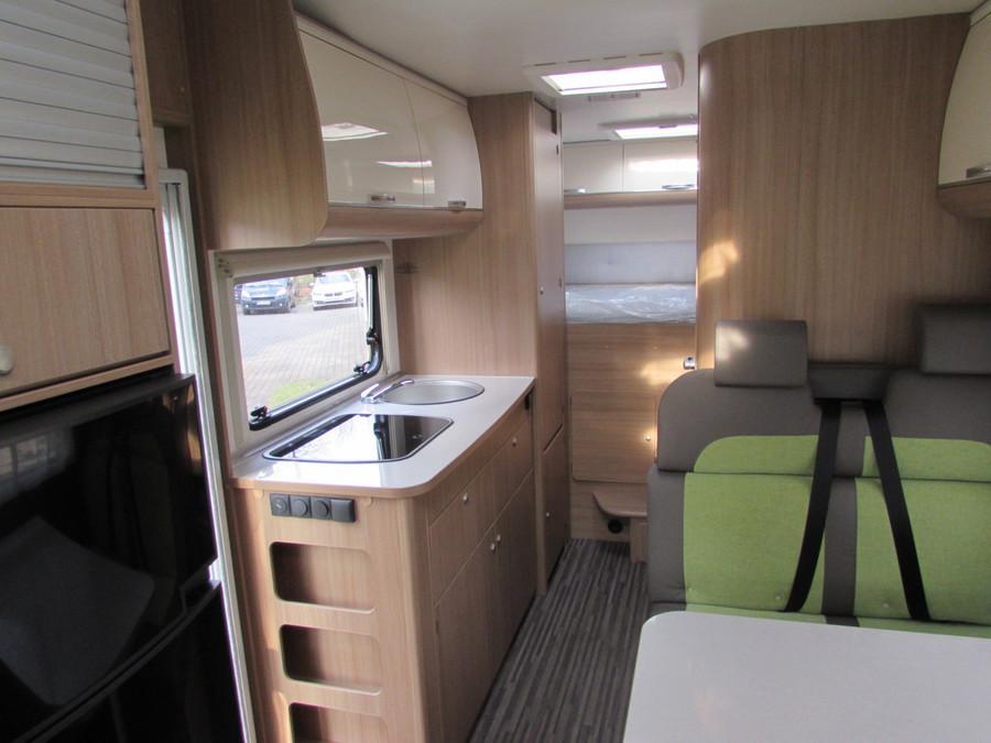 wohnmobil cottbus villa de luxe. Black Bedroom Furniture Sets. Home Design Ideas